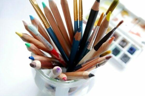 pencil-4637472_1920